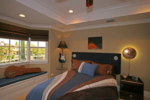 bedroom decorating ideas and designs Remodels Photos Joann's Interiors St Pete Beach Florida United States beach-style-kids