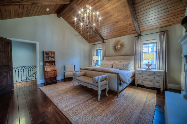 bedroom decorating ideas and designs Remodels Photos K Two Designs, Inc Houston Texas United States traditional-bedroom-004