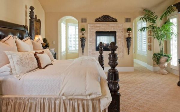bedroom decorating ideas and designs Remodels Photos Karyn Dismore Interiors Frisco Texas United States traditional-bedroom
