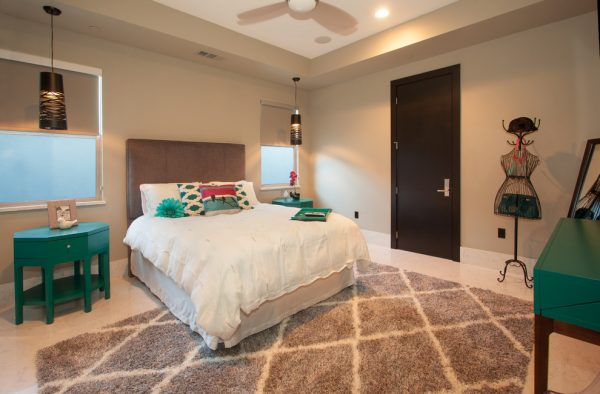 bedroom decorating ideas and designs Remodels Photos Kathleen Jennison Stockton California United States modern-bedroom-003