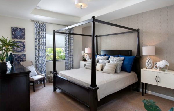 bedroom decorating ideas and designs Remodels Photos Lisa Aportela ASID sunny isles beach Florida United States contemporary-bedroom-001