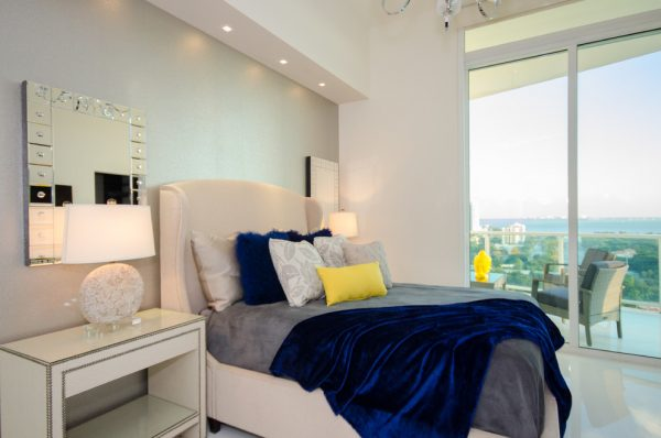 bedroom decorating ideas and designs Remodels Photos Lisa Aportela ASID sunny isles beach Florida United States transitional-bedroom-002
