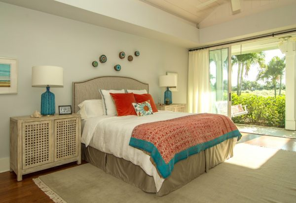 bedroom decorating ideas and designs Remodels Photos Melanie Bock Studios Vero Beach Florida United States beach-style-bedroom-003