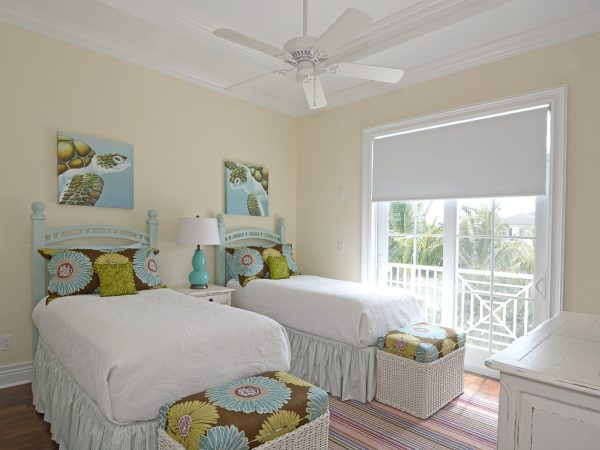 bedroom decorating ideas and designs Remodels Photos Melanie Bock Studios Vero Beach Florida United States beach-style-bedroom-004