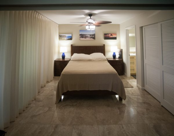bedroom decorating ideas and designs Remodels Photos Nancy Schnur ASID CAPS Oahu Hawaii United States home-design-001