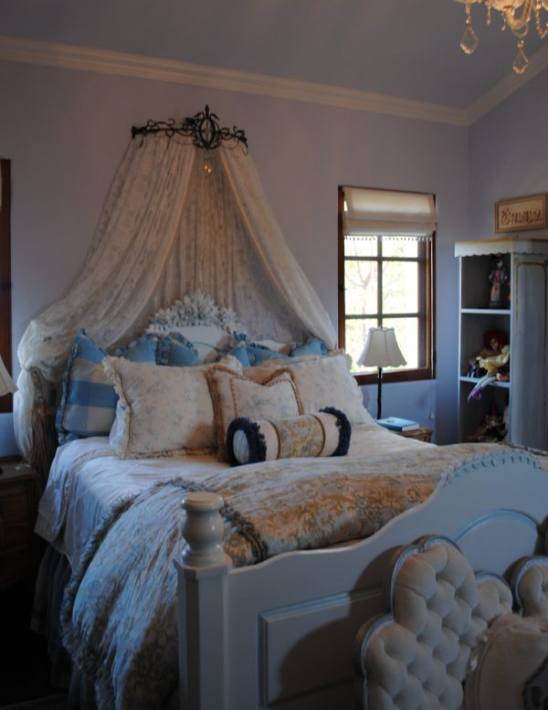 bedroom decorating ideas and designs Remodels Photos Renee Meyer INTERIORS Irvine California United States traditional-bedroom