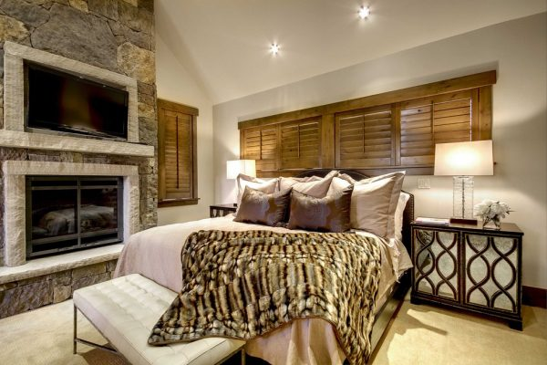 bedroom decorating ideas and designs Remodels Photos Slifer Designs Edwards Colorado United States contemporary-bedroom-008