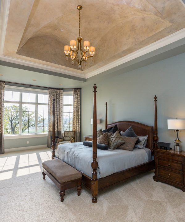 bedroom decorating ideas and designs Remodels Photos The Mansion Des Moines Iowa United States transitional-bedroom-005
