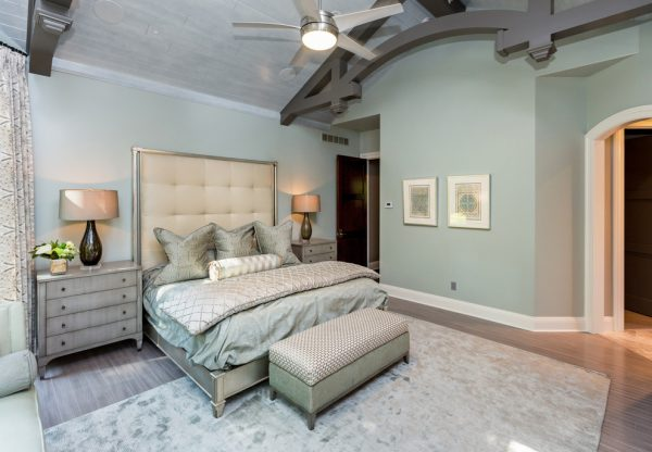 bedroom decorating ideas and designs Remodels Photos The Mansion Des Moines Iowa United States transitional-bedroom-008