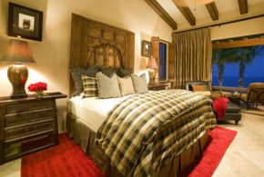 Bedroom Decorating and Designs by Jett Black Inteior Design by Lisa Schnarr - Newport Beach, California, United States
