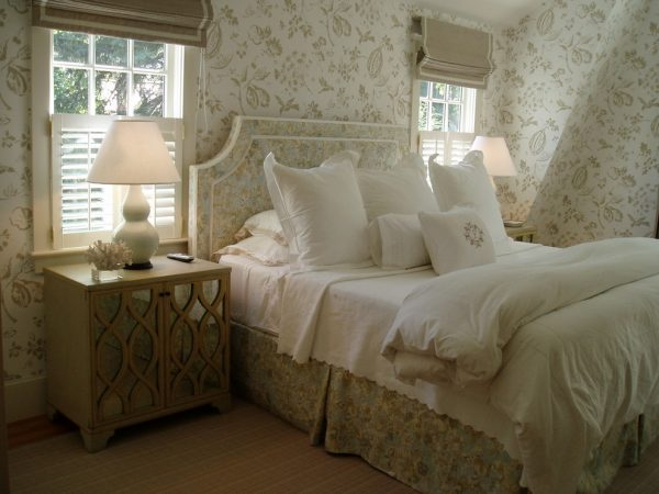 bedroom decorating ideas designs Robin Pelissier Interior Design & Robin's Nest  Hingham Massachusetts traditional-bedroom