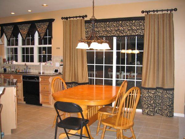 dining room decorating ideas and designs Remodels Photos Dion Designs The Woodlands Texas United States traditional-window-treatments