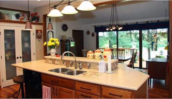 kitchen decorating ideas and designs Remodels Photos Kathryn Peltier Design Northville Michigan United States traditional