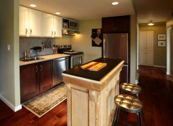 kitchen decorating ideas and designs Remodels Photos Kevin Mauseth Hattiesburg Mississipp United States contemporary-kitchen-005