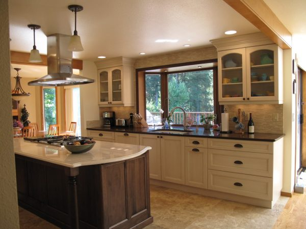 kitchen decorating ideas and designs Remodels Photos Kevin Mauseth Hattiesburg Mississipp United States traditional-kitchen