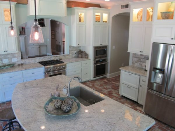 kitchen decorating ideas and designs Remodels Photos Kevin Mauseth Hattiesburg Mississipp United States transitional