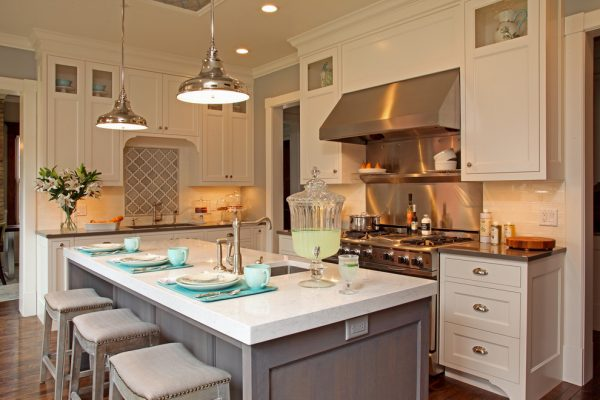 kitchen decorating ideas and designs Remodels Photos Letitia Little Interior Design SW Minneapolis Minnesota traditional-kitchen-003