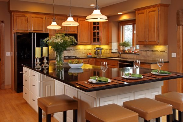 kitchen decorating ideas and designs Remodels Photos Letitia Little Interior Design SW Minneapolis Minnesota traditional-kitchen