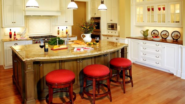 kitchen decorating ideas and designs Remodels Photos Letitia Little Interior Design SW Minneapolis Minnesota traditional-living-room