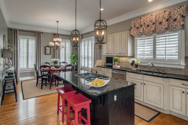 kitchen decorating ideas and designs Remodels Photos Room Redesigns Brentwood Tennessee United States transitional