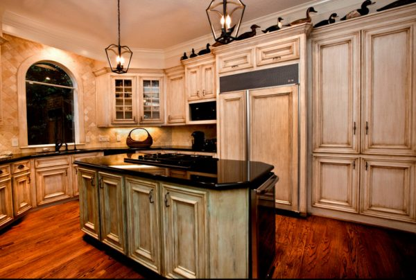kitchen decorating ideas and designs Remodels Photos Three Doors LLC Houston Texas United States traditional-kitchen-001