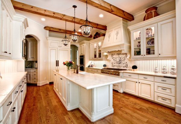 kitchen decorating ideas and designs Remodels Photos Three Doors LLC Houston Texas United States traditional-kitchen