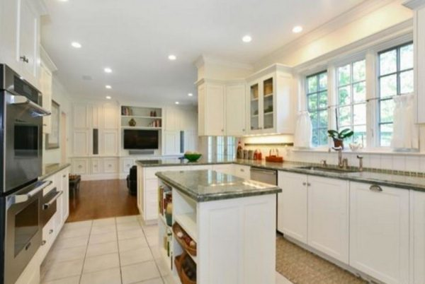 kitchen decorating ideas and designs Remodels Photos True Identity Concepts Westchester CountyNew York United States transitional-kitchen-001