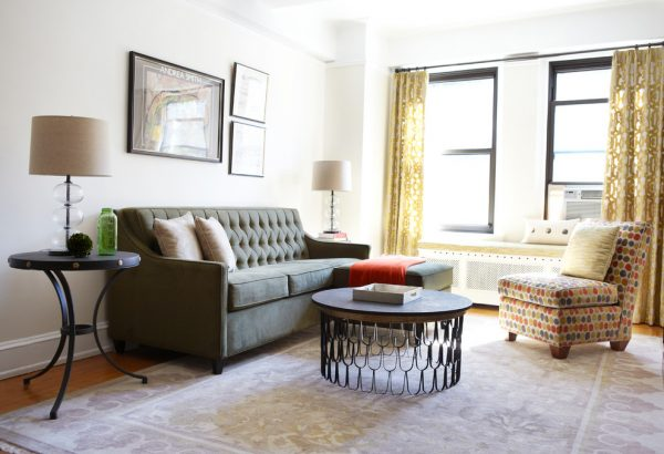 living room decorating ideas and designs Remodels Photos Theresa Seabaugh Interior Design New York United States eclectic-living-room