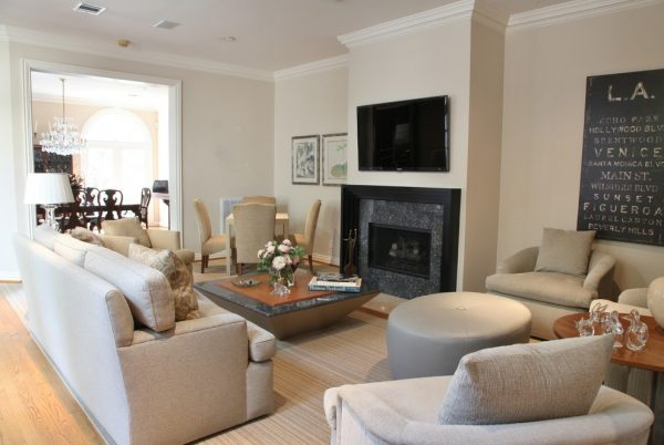 living room decorating ideas and designs Remodels Photos grettworks Houston Texas United States eclectic-living-room