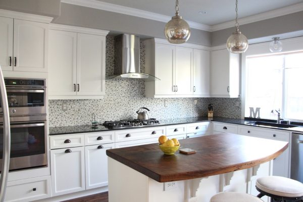 kitchen decorating Remodels Photos Story & Space - Interior Design and Color GuidanceSan Francisco California farmhouse-kitchen