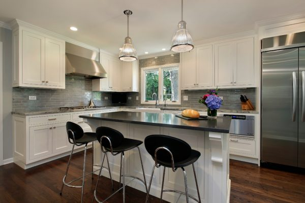 kitchen decorating ideas and designs Remodels Photos 2 Design Group Chicago Illinois United States traditional-kitchen-006