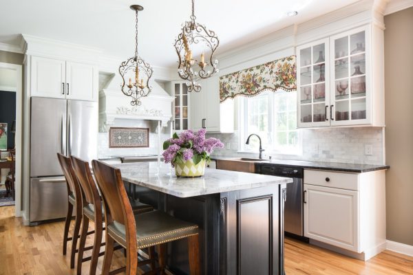 kitchen decorating ideas and designs Remodels Photos Bee's Knees Design, LLC Hopkinton Massachusetts United States traditional-kitchen