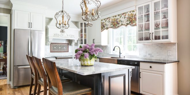 kitchen decorating ideas and designs Remodels Photos Bee's Knees Design, LLCHopkintonMassachusetts United States traditional-kitchen