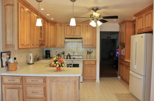 kitchen decorating ideas and designs Remodels Photos CDH Designs Lewistown Pennsylvania United States traditional-kitchen
