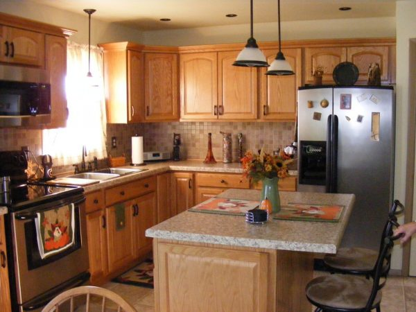 kitchen decorating ideas and designs Remodels Photos CDH Designs Lewistown Pennsylvania United States transitional-kitchen