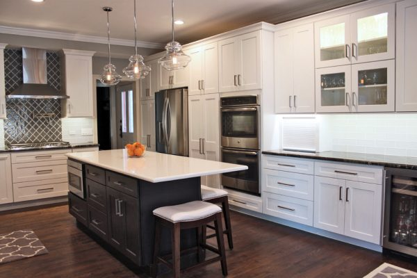 kitchen decorating ideas and designs Remodels Photos CHAD ESSLINGER DESIGN Downers Grove Illinois United States contemporary-kitchen
