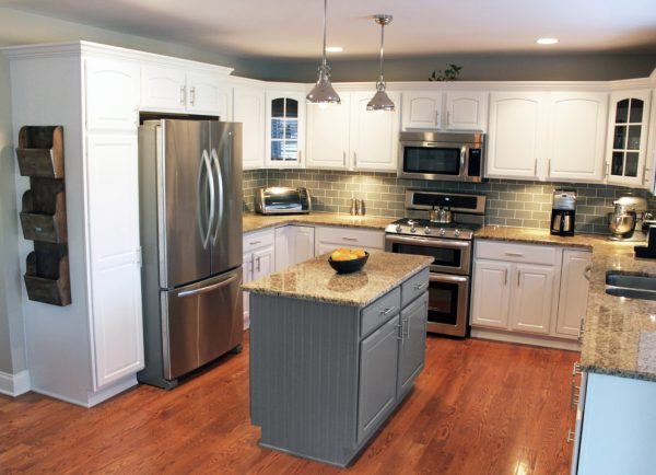 kitchen decorating ideas and designs Remodels Photos CHAD ESSLINGER DESIGNDowners Grove Illinois United States transitional-kitchen