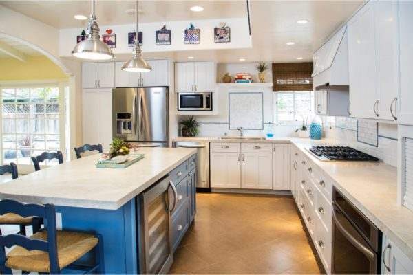 kitchen decorating ideas and designs Remodels Photos Deborah Gordon Designs San Diego California United States beach-style-kitchen
