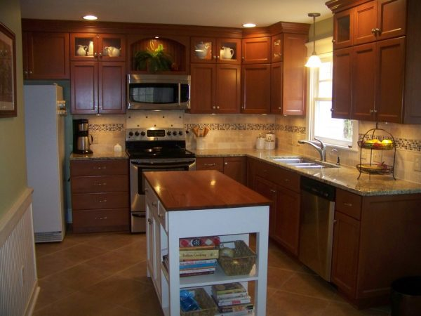 kitchen decorating ideas and designs Remodels Photos Decor Coach Apex North Carolina United States traditional-kitchen