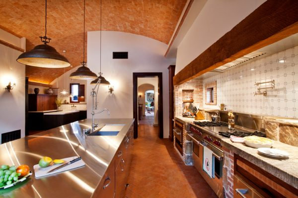 kitchen decorating ideas and designs Remodels Photos Dorado Designs Tucson Arizona United States mediterranean-kitchen-001