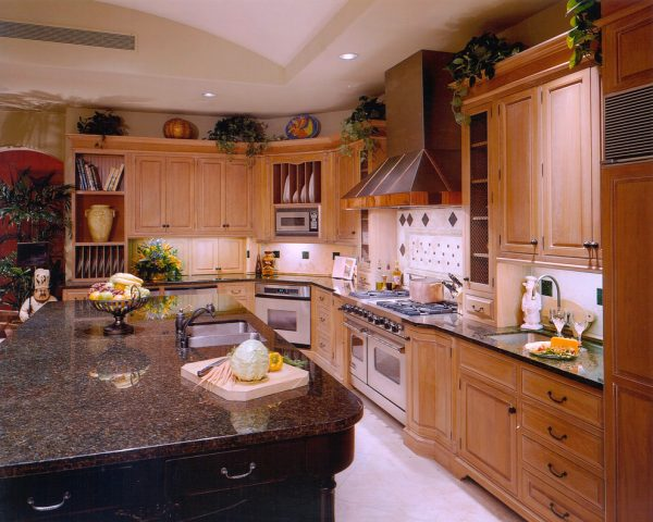 kitchen decorating ideas and designs Remodels Photos Dorado Designs Tucson Arizona United States traditional-kitchen-005