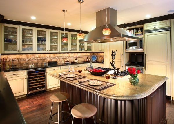kitchen decorating ideas and designs Remodels Photos Fernando Diaz & Associates Sherman Oaks California United States transitional-kitchen