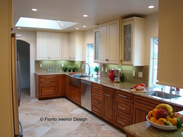 kitchen decorating ideas and designs Remodels Photos Fiorito Interior Design Santa Cruz California United States traditional-kitchen-002