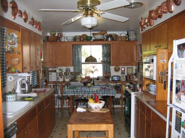 kitchen decorating ideas and designs Remodels Photos Fresh Eyes Columbia Missouri United States traditional