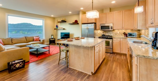 kitchen decorating ideas and designs Remodels Photos Hood River reDesign Hood River Oregon United States transitional-kitchen