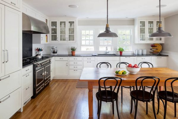 kitchen decorating ideas and designs Remodels Photos Jeanne Finnerty Interior Design Charlestown Massachusetts United States traditional-kitchen-001