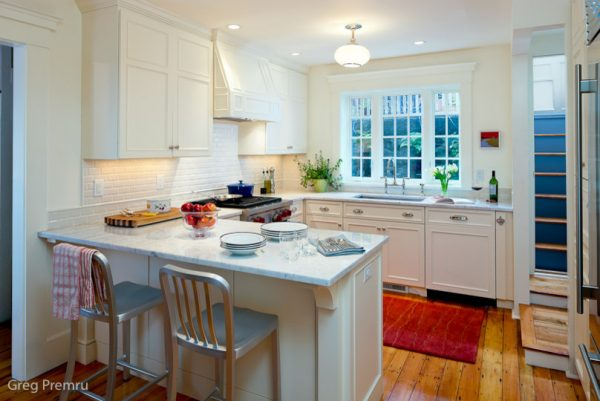 kitchen decorating ideas and designs Remodels Photos Jeanne Finnerty Interior Design Charlestown Massachusetts United States traditional-kitchen-002