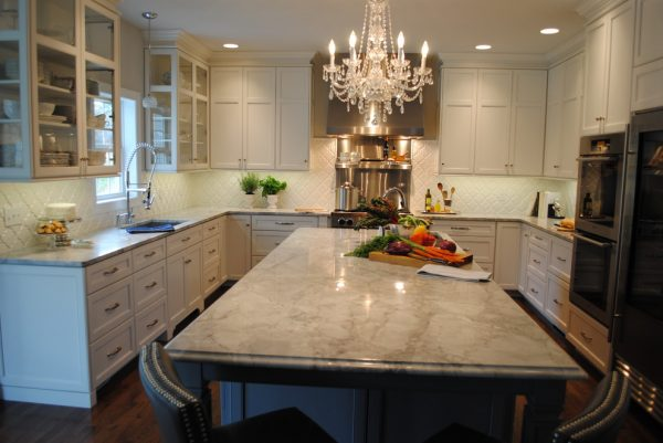 kitchen decorating ideas and designs Remodels Photos Karen Viscito Interiors Mechanicsburg Pennsylvania United States contemporary-kitchen