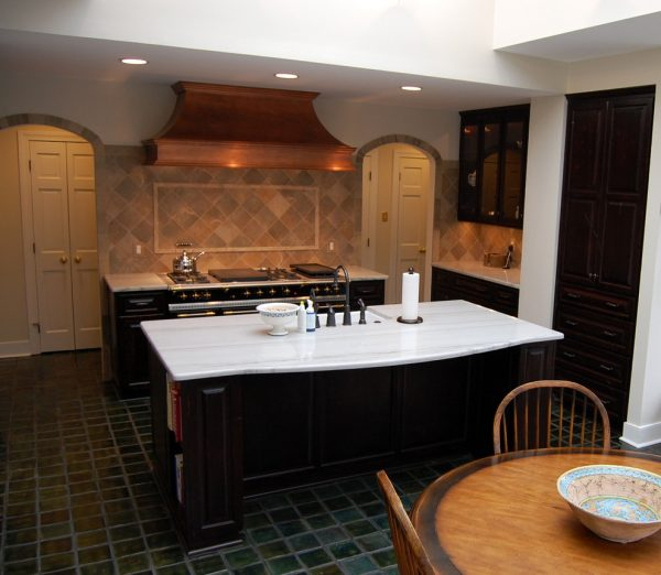 kitchen decorating ideas and designs Remodels Photos Leslie Stephens Design Richmond Virginia United States eclectic-kitchen