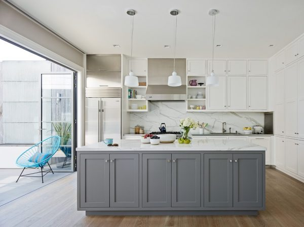 kitchen decorating ideas and designs Remodels Photos Lindsay Chambers Design West Hollywood California United States transitional-kitchen-002